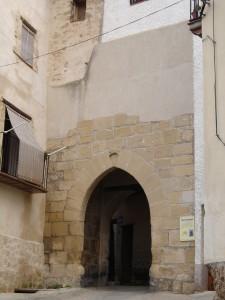 Descriptiva del Portal de San Gregorio en Beceite