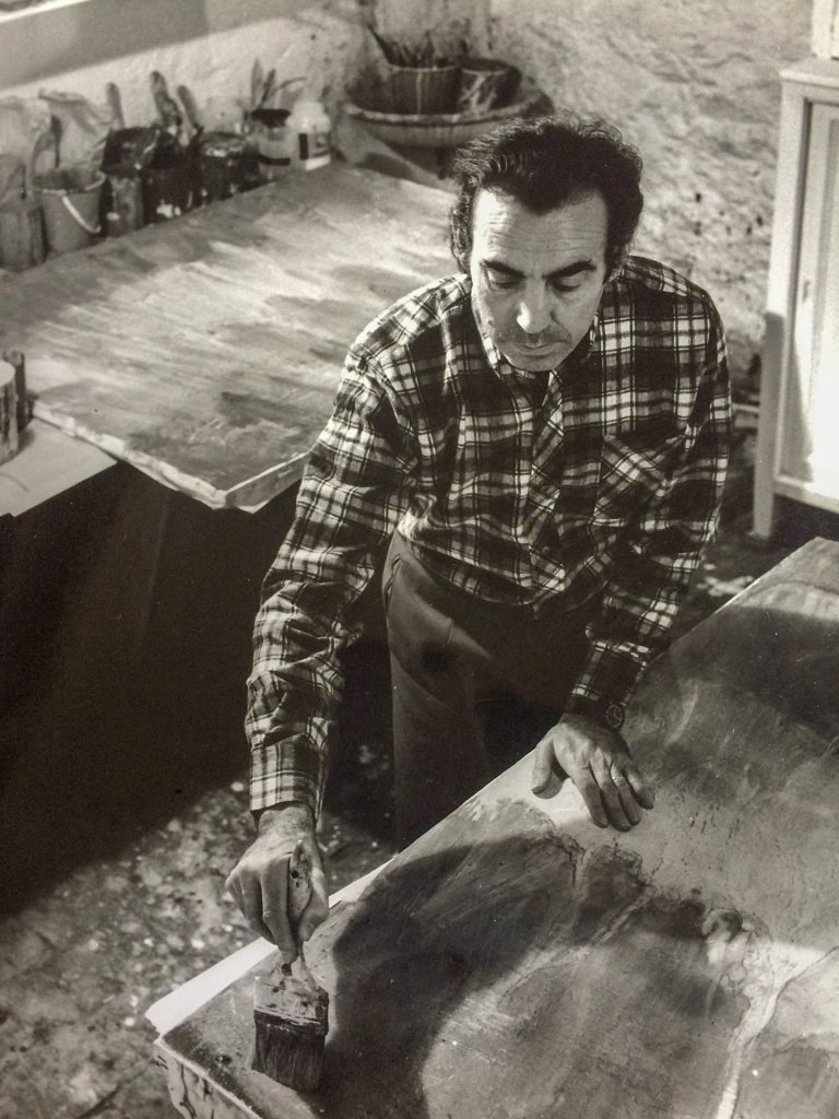 Romà Vallès en su estudio